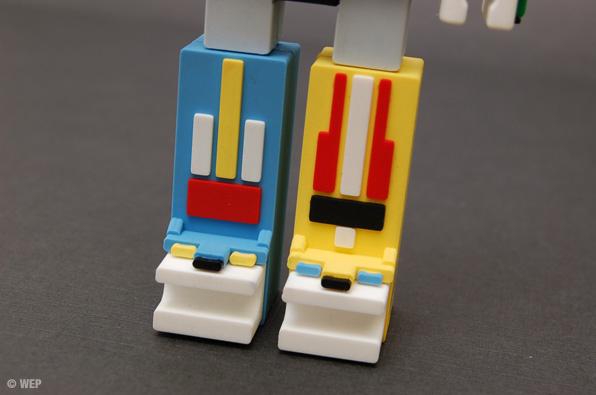 Voltron™ Incubot Custom USB Drive