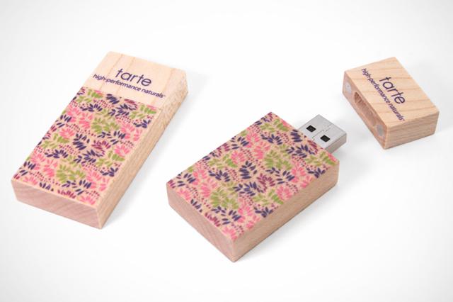 Tarte Cosmetics Custom Woodsman 2 USB Drive